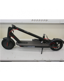 SALE OUT. Xiaomi Mi Electric Scooter Black, USED, DIRTY, SCRATCHED, REFURBISHED Xiaomi Mi Electric Scooter, Black