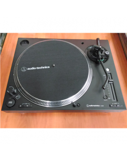 SALE OUT. Audio Technica Direct Drive Turntable, RCA, Black Audio Technica REFURBISHED USED WITHOUT PLASTIC COVER, DAMAGED PACKA